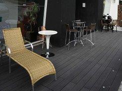 Deck de Madeira Ecológica WPC em loja