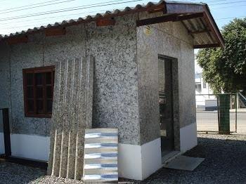 Casa ecológica com chapa tetra pak